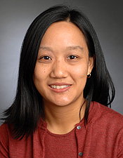 Dr. Aileen Chen is Disease Center Leader for Radiation Oncology in the Lung Cancer Treatment Program.