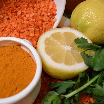 red lentil soup with lemon ingredients