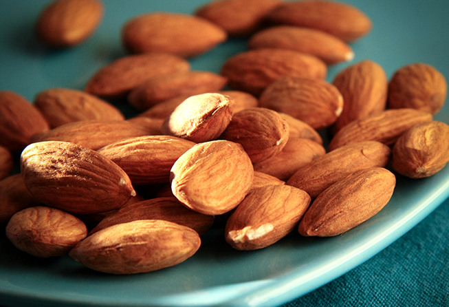 almonds and nuts for cancer nausea